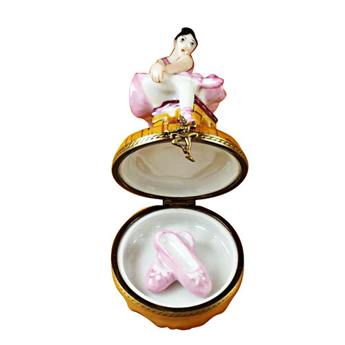 Limoges Imports Black Hair Ballerina W/Toe Shoes Limoges Box