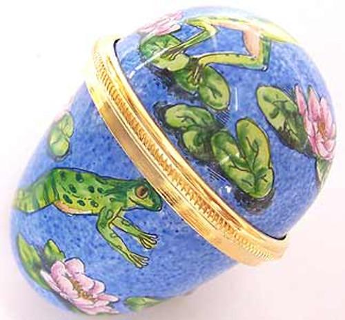 Staffordshire Frog Egg