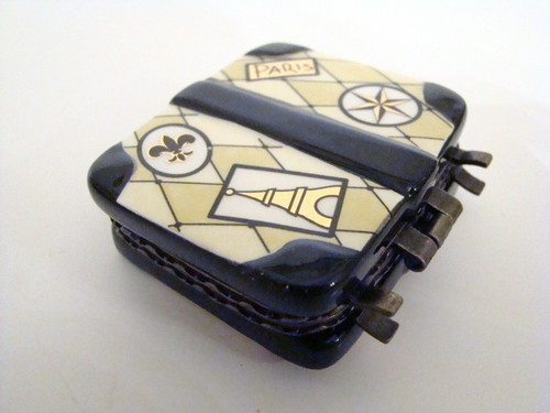 Mud Pie Porcelain Paris Luggage Porcelain Hinged Box