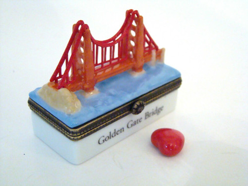 Midwest of Cannon Falls Golden Gate Bridge with Heart PHB (39533-2)