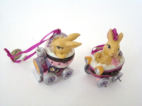 Katherine's Collection Set/2 Bunny Rabbits Transport Hinged boxes (07-70304)