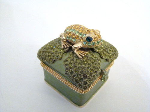 Rucinni Jeweled Frog on Jeweled Lily Pad Hinged Box