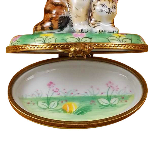 Mother Cat W/Baby Rochard Limoges Box