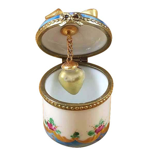 Roses W/Gold Heart Rochard Limoges Box