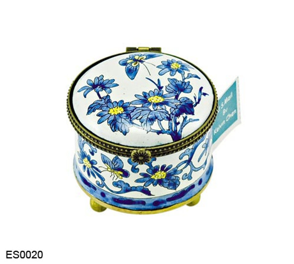 ES0020 Kelvin Chen Chrysanthemum Stamp Box