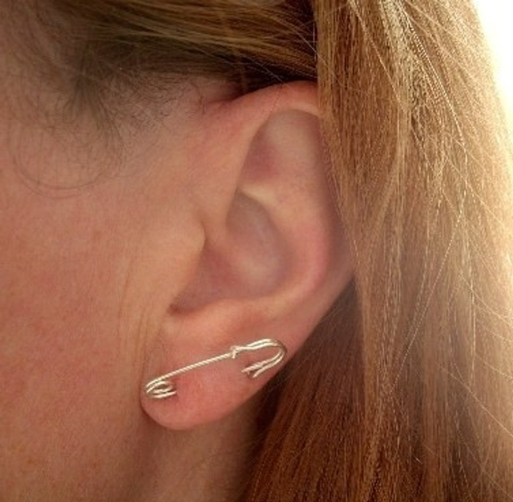 safety pin hoop earrings for double piercings - muyinjewelry.com