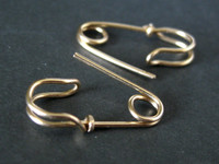MINI SAFETY PIN earrings 18K solid gold