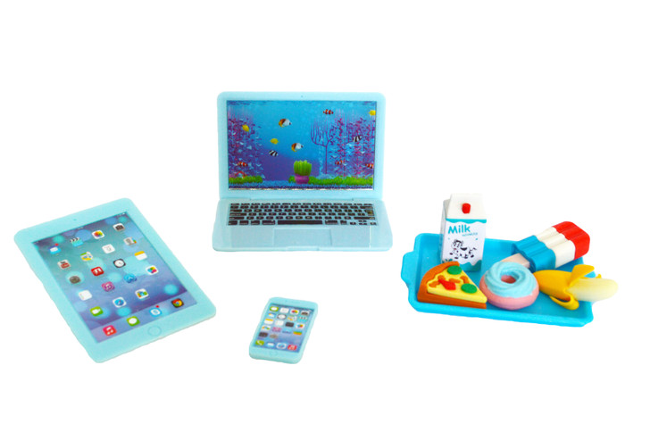 Blue Media Set and Lunch Tray For 18 Inch Dolls