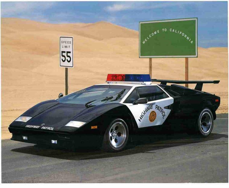 Califorinia Highway Patrol Police Car Wall Decor Art Print Poster (16x20)
