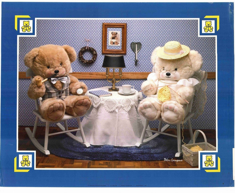 Two Teddy Bears on a Date
