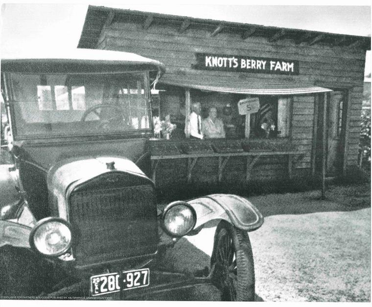 Vintage Knott's Berry Farm Wall Decor Model t Car Art Print Poster (16x20)