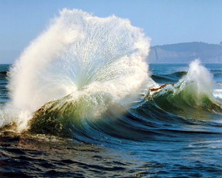 Crashing Wave Ocean Wall Decor Scenery Nature Art Print Poster (16x20)