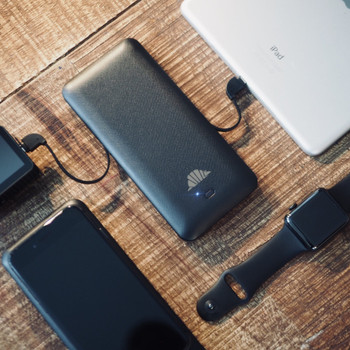 SCOUT: World's most versatile wireless charger with 5000 mAH & 10000 mAH Battery options