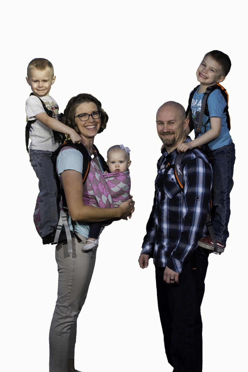Harnessing Childrens Natural Ways Of >> Standing Toddler Carrier Scout By Piggyback Rider