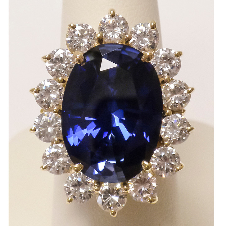 Diana 12.0 Ct Lab Sapphire Oval with CZ Rounds Ring in 14K Yellow Gold