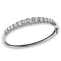 Graduated Prong Set CZ Rounds Bangle Bracelet, 5.0 Ct TW