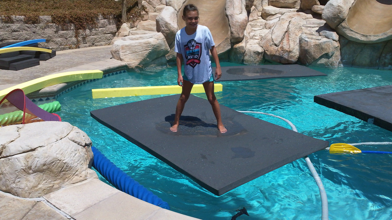 Floating Water Mat and Pool Float Savior Two - 8 Feet Long by 6 Feet Wide  by 2 Inches Thick - 8\'x6\'x2\
