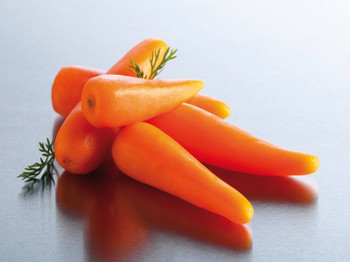 Whole Baby Carrots 2kg - Edgell