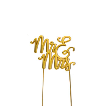 ake Topper Mr & Mrs Gold Plated Isolated