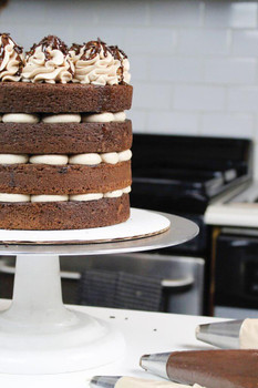 NAKED ROUND CHOCOLATE CAKE layered