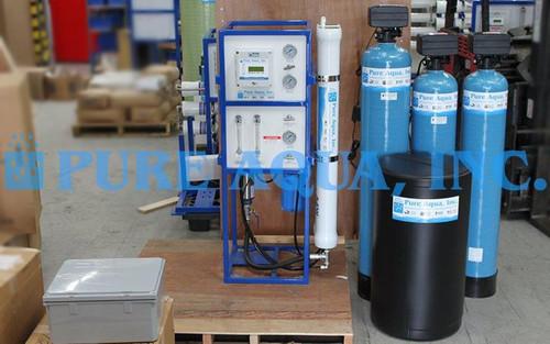 جهاز معالجة المياه بطريقة التناضح العكسي 3,000 غالون فى اليوم - شيلي