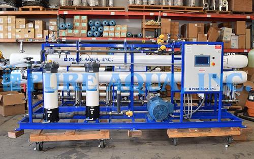 محطة تناضح عكسي لمياه البحر للأغراض الصناعية 32,000 جالون باليوم - بابوا غينيا الجديدة