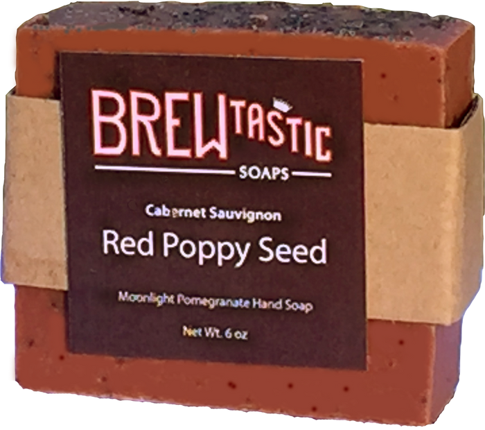A delicious blend of pomegranate and blackberry make this bar an emerging favorite. With more poppy seeds than the Strawberry Wine Soap, this soap gently exfoliates the skin and leaves you clean and smelling like dessert.