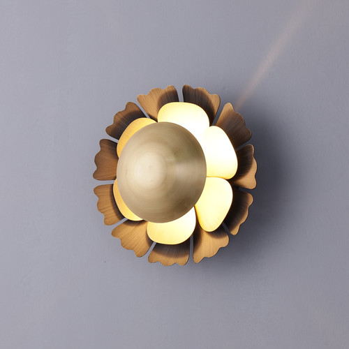 Flower Wall Sconce With Brass Shades
