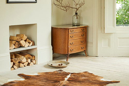 Decorating with Beautiful Authentic Cowhide Rugs