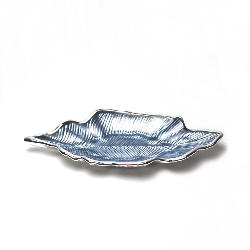 Foglia Willow Leaf Plate Sky Blue