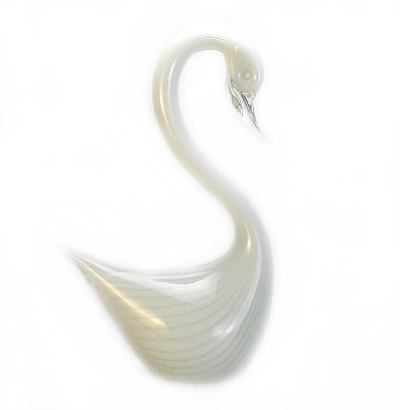 Murano Glass Swan Opal
