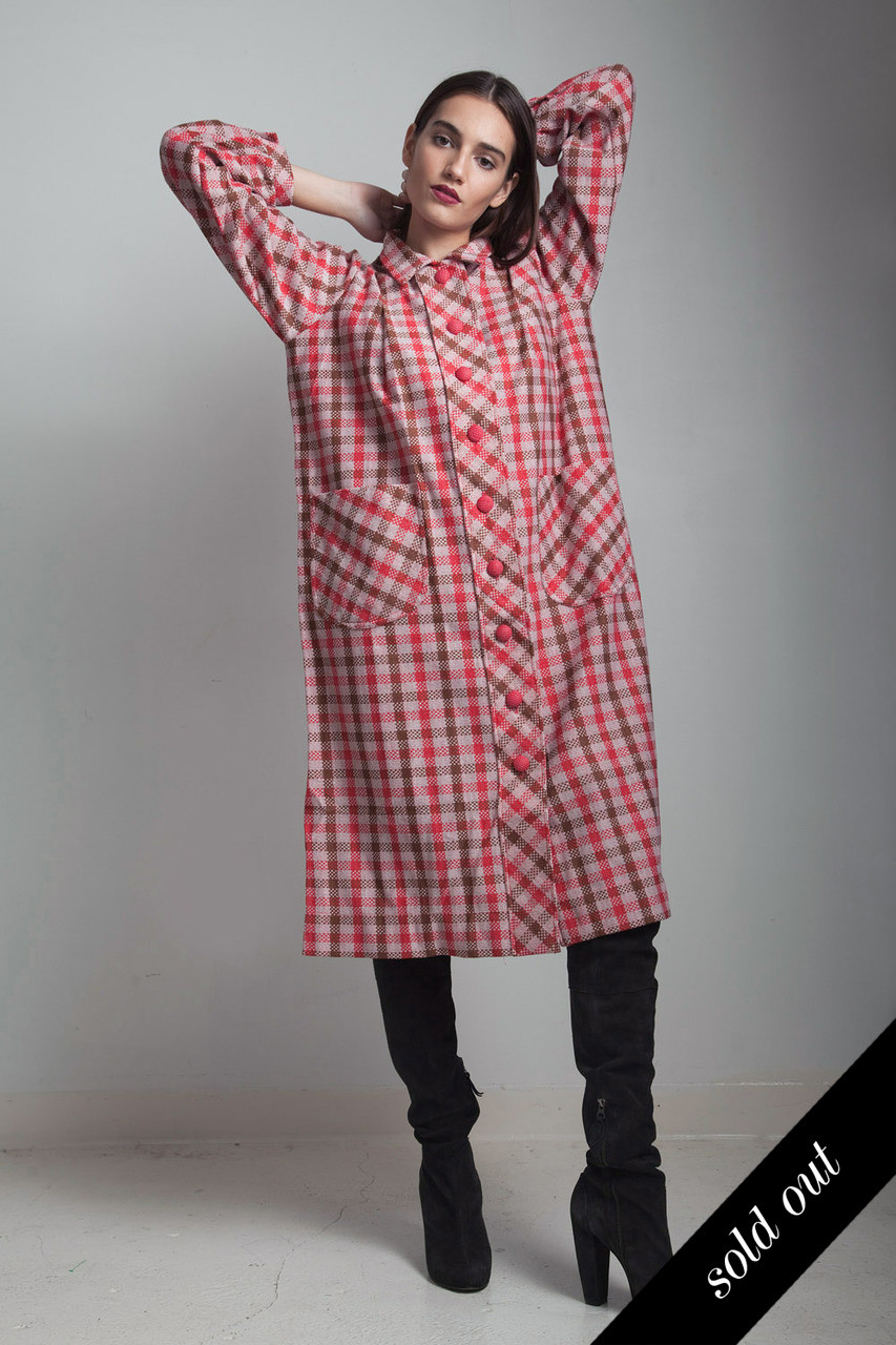 0ae2248c22 vintage 70s red plaid coat dress duster with pockets Large L - The Rabbit  Hole