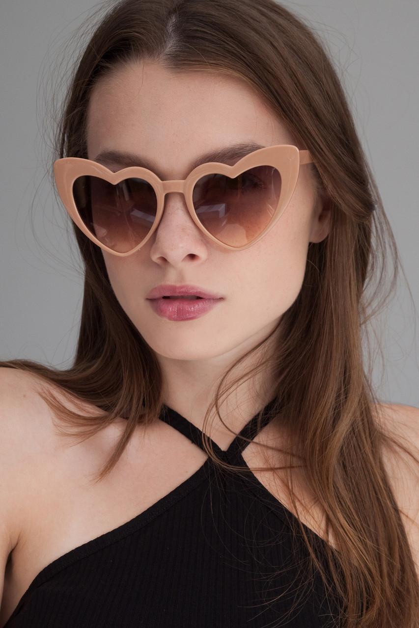 5d4de0396f Heart shaped cat eye oversize sunglasses BEIGE - The Rabbit Hole