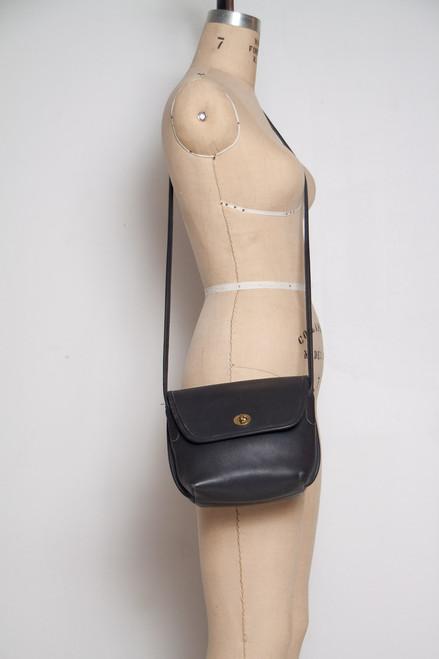 877436c63662f ... vintage Coach crossbody bag turnlock black leather crossbody handbag ...