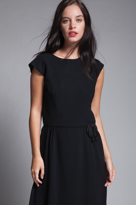 LBD little black dress cocktail crepe bow waist  drop shoulder vintage 60s MEDIUM M