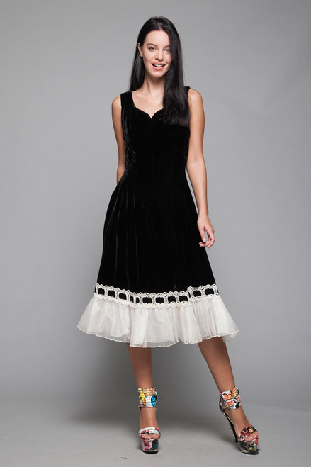 velvet cocktail dress black white ruffled ribbon tulle hem vintage 60s SMALL S