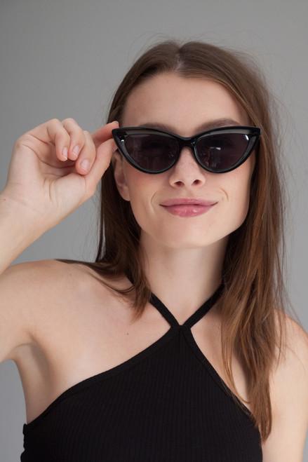 Cat eye retro flat lens sunglasses BLACK