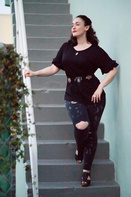 black ruffled sleeve top key hole crinkled knit (choose size)
