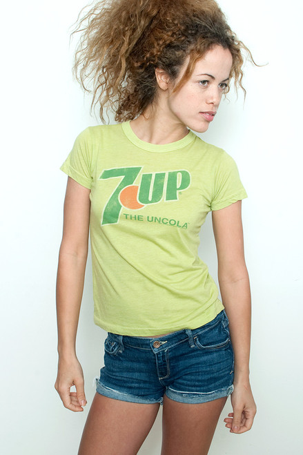 "Junk Food T shirt 50/50 Tee 7 UP The Uncola LIGHT GREEN M (15"" width)"