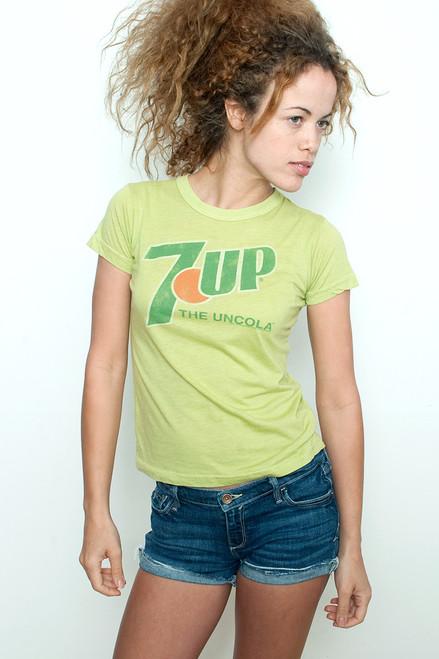 "Junk Food T shirt 50/50 Tee 7 UP The Uncola LIGHT GREEN M (15"" width)"