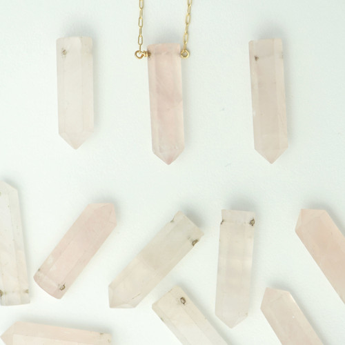 Romantic: Rose Quartz Necklace