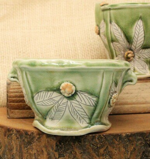Cream and Sugar Pottery Set