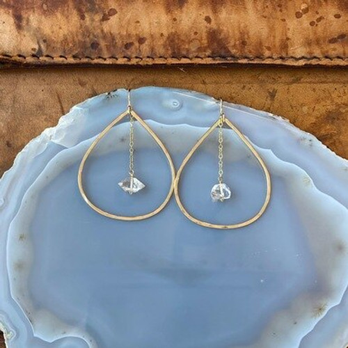 GE352 Gold Spire Earrings