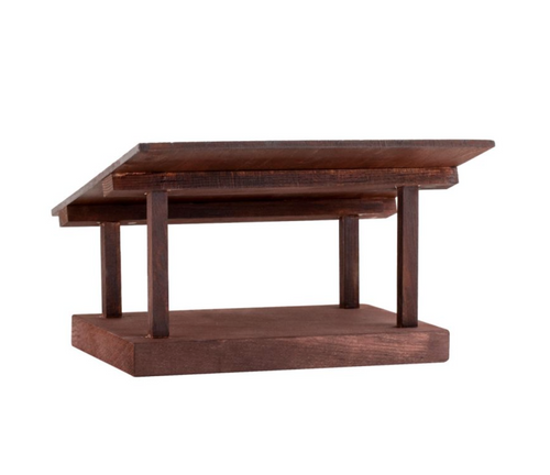 591 Wooden stable display