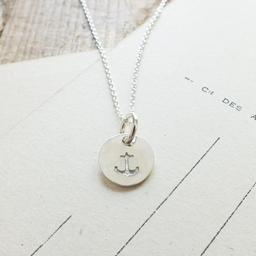 PSGTRND7 Small Round Anchor Necklace