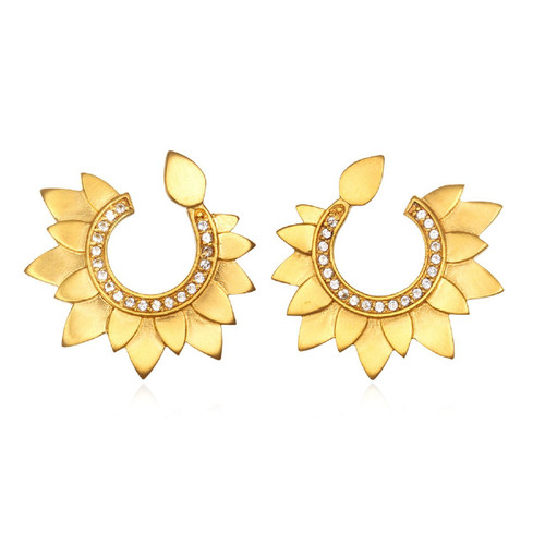 PEG3-52 White Topaz Gold Petal Swirl Earrings