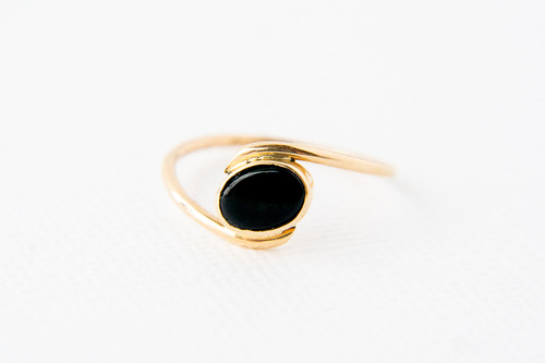 Oval onyx stone bezel set in 14k yellow gold  Size 5.75, no charge for sizing (+/-)   Handmade by Cole Sheckler in Ithaca, NY