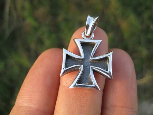 925 Silver Knight Knights Cross Iron Cross Templar pendant Necklace A7