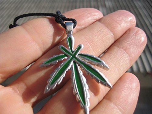Metal Pewter Marijuana Leaf Ganja Hemp Pendant Necklace A35