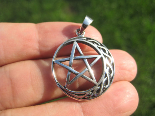 925 Sterling Silver Star and Moon Wicca Pentagram Pendant Necklace A22